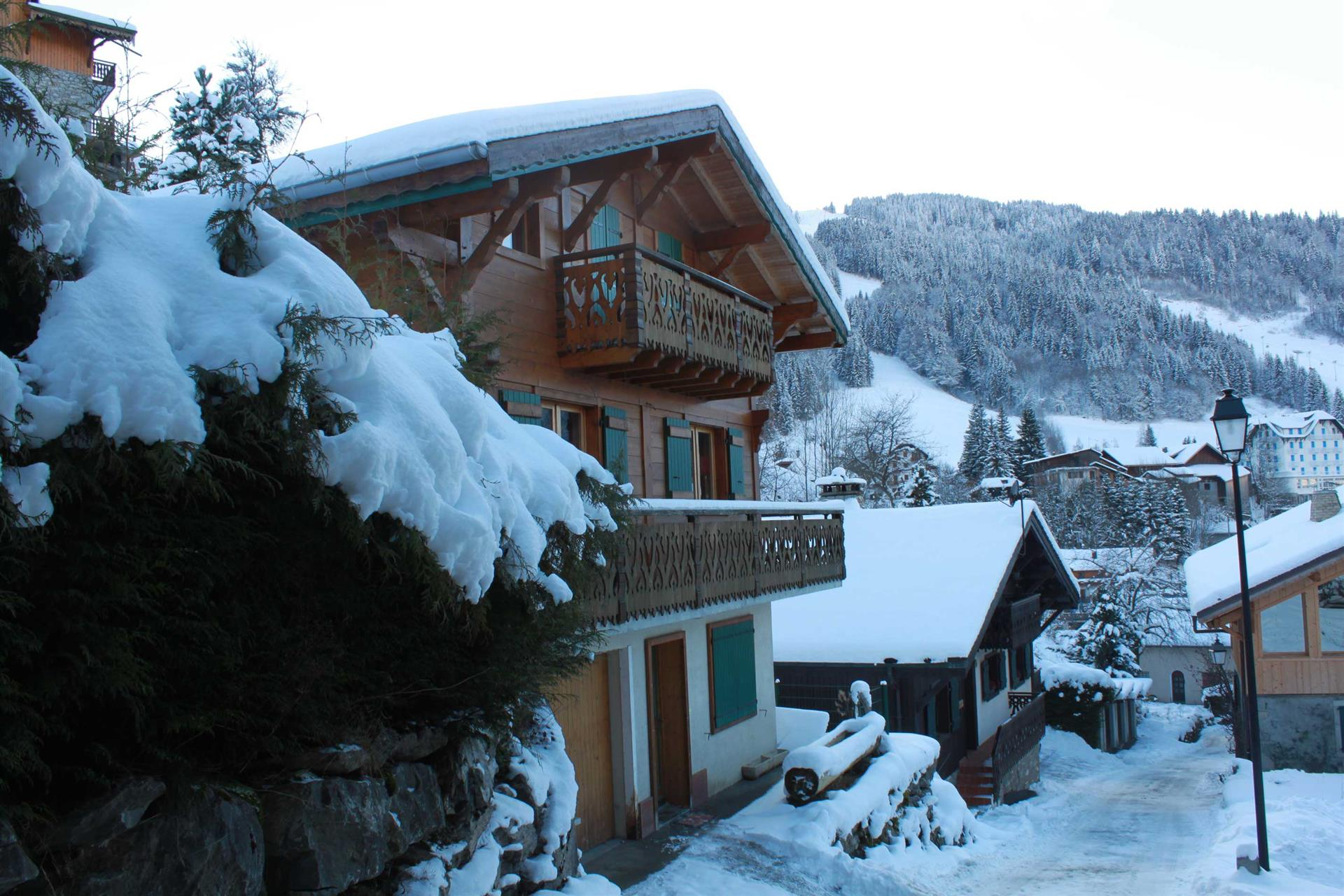 1080 morzine ski resort catered ski chalets