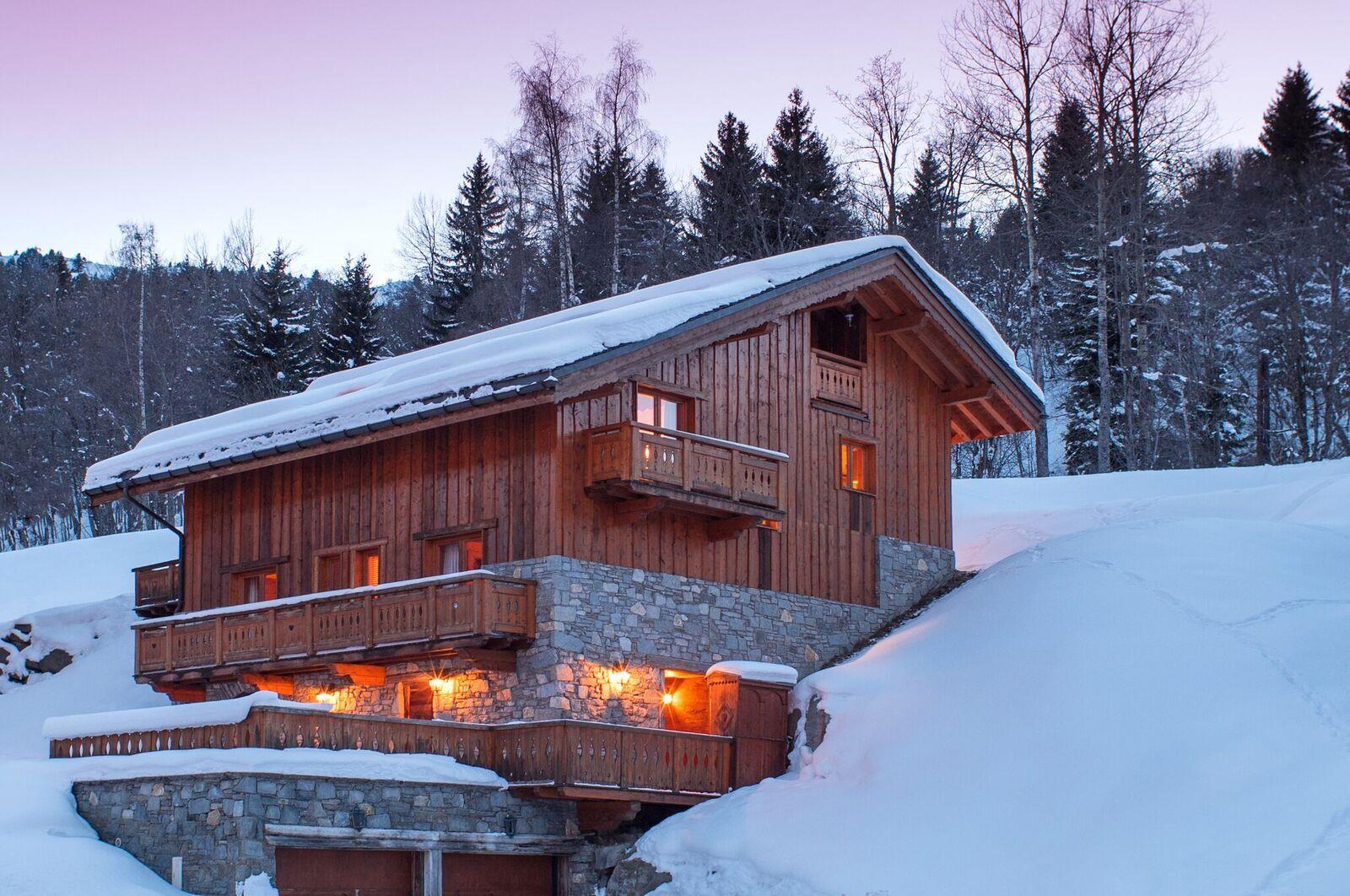 Taiga Lodge - Main Photo