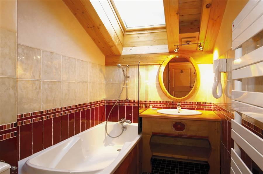 Taiga Lodge - Bathroom