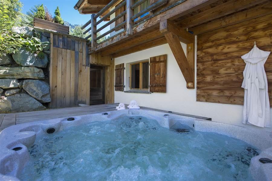 Marais Rouge - Hot Tub
