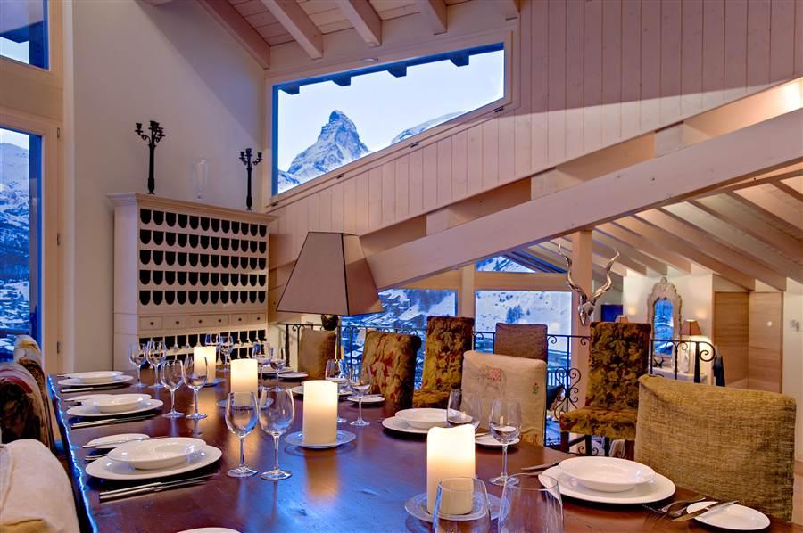 Grace - Dining Area