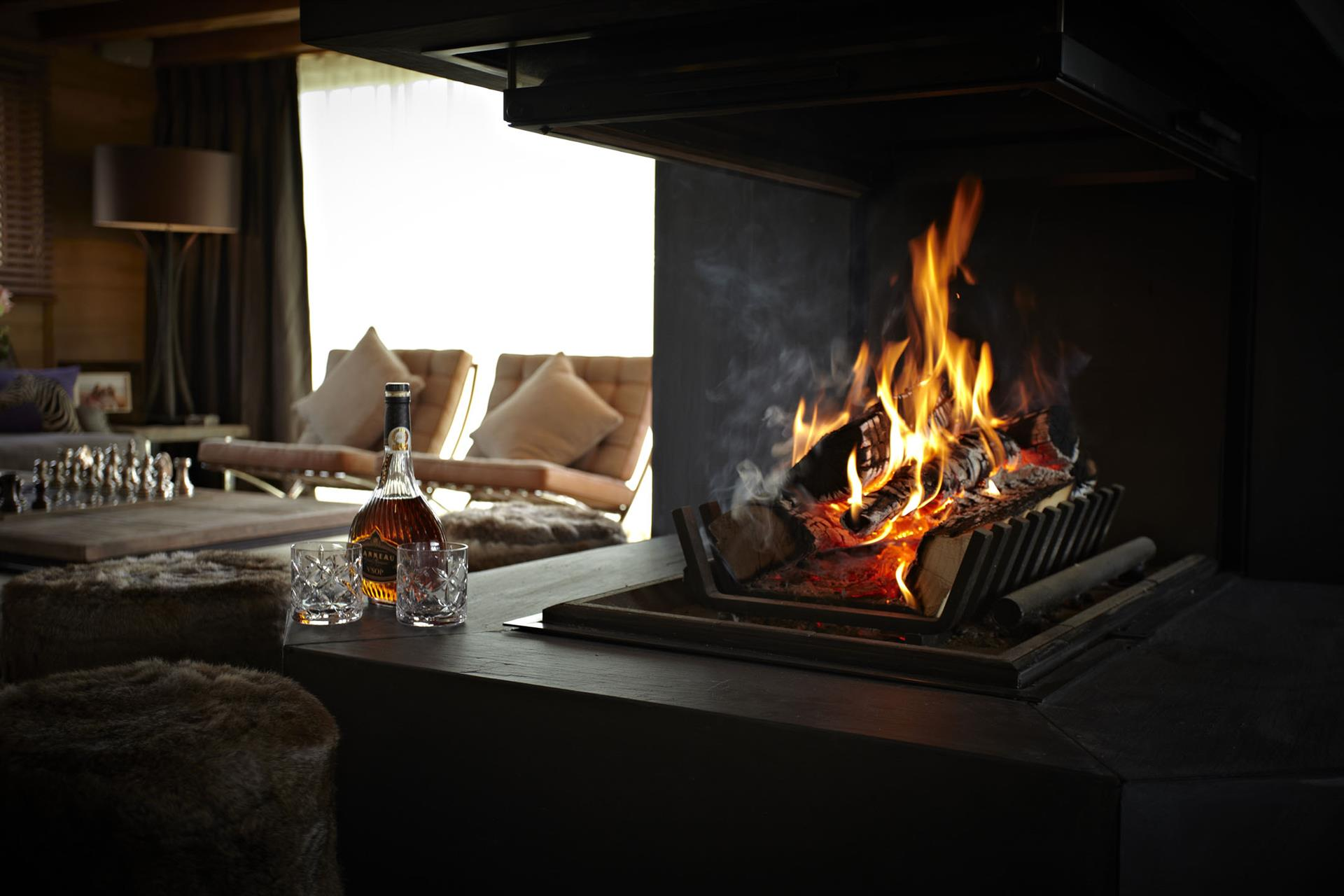 Grande Corniche - Fireplace