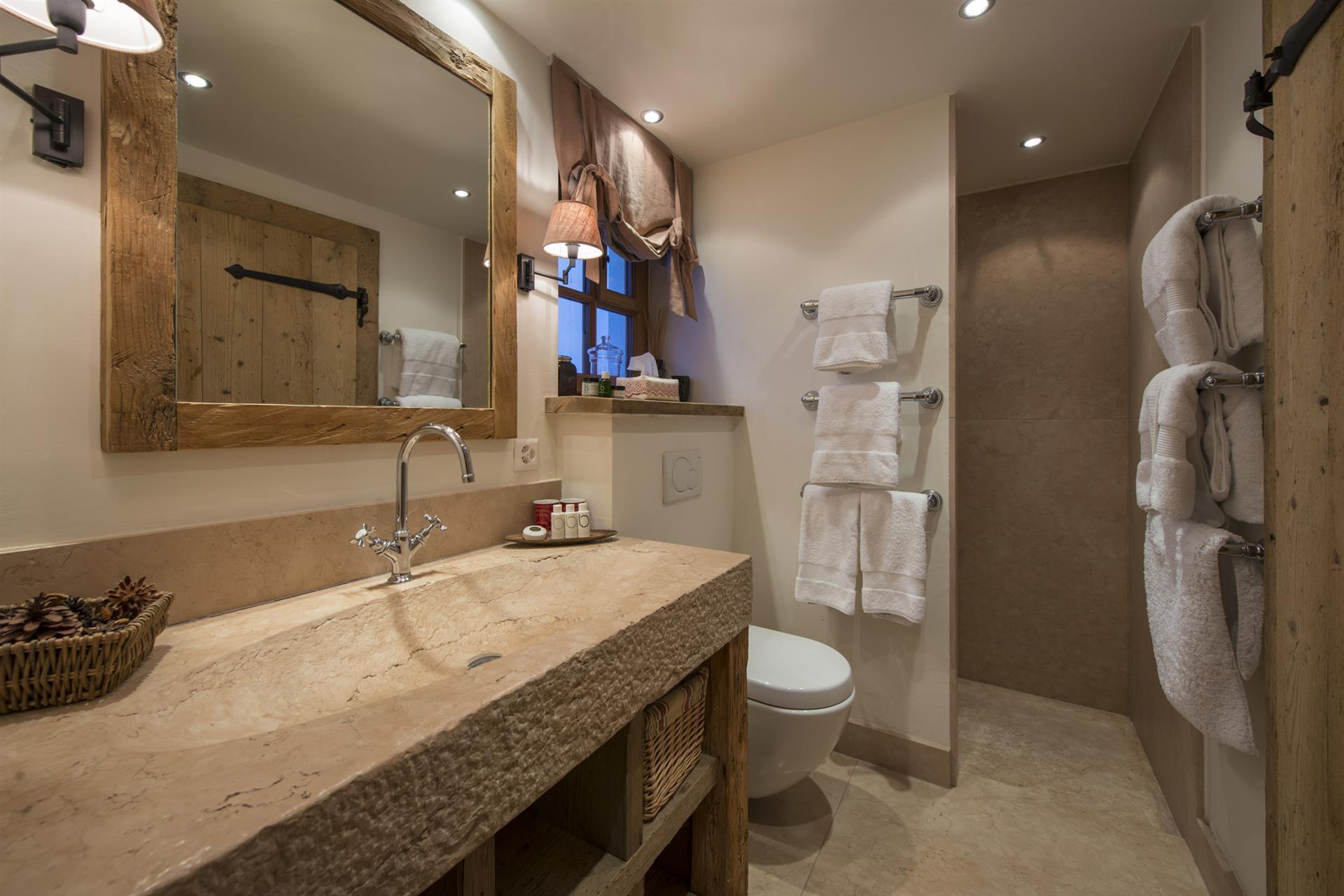 Nyumba 1 - Bathroom