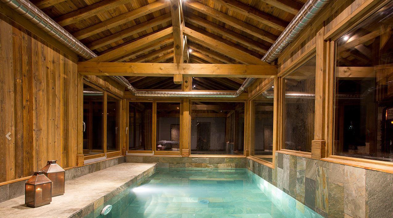Loup Blanc - Swimming Pool
