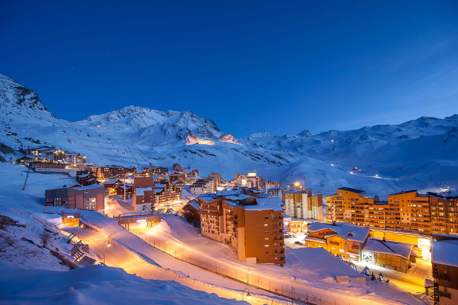 Val thorens ski chalets in france with interactive resorts for Mountain luxury