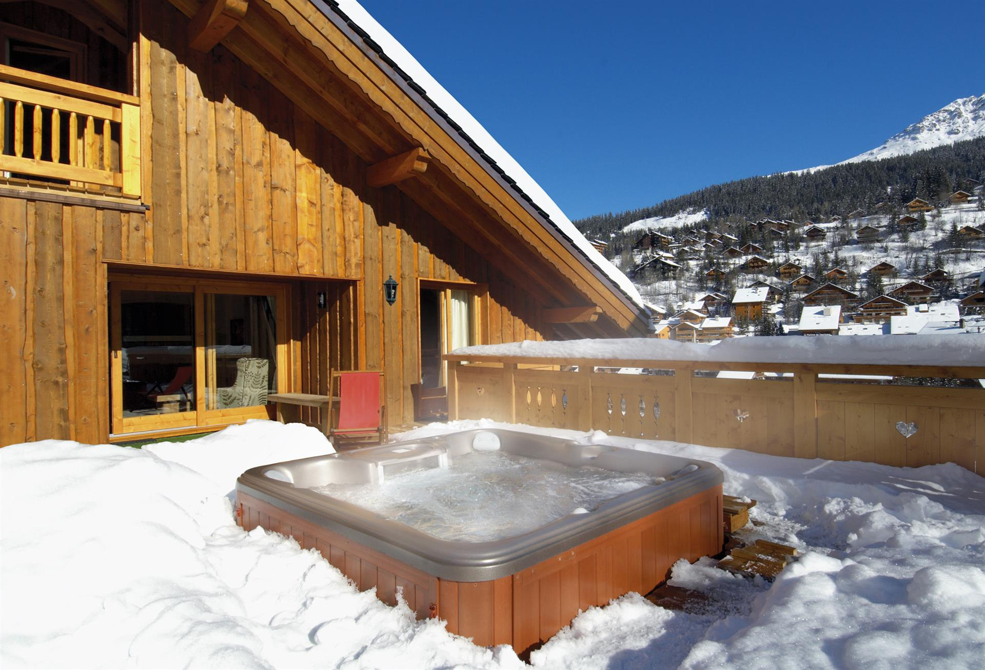 Taiga Lodge - Hot Tub