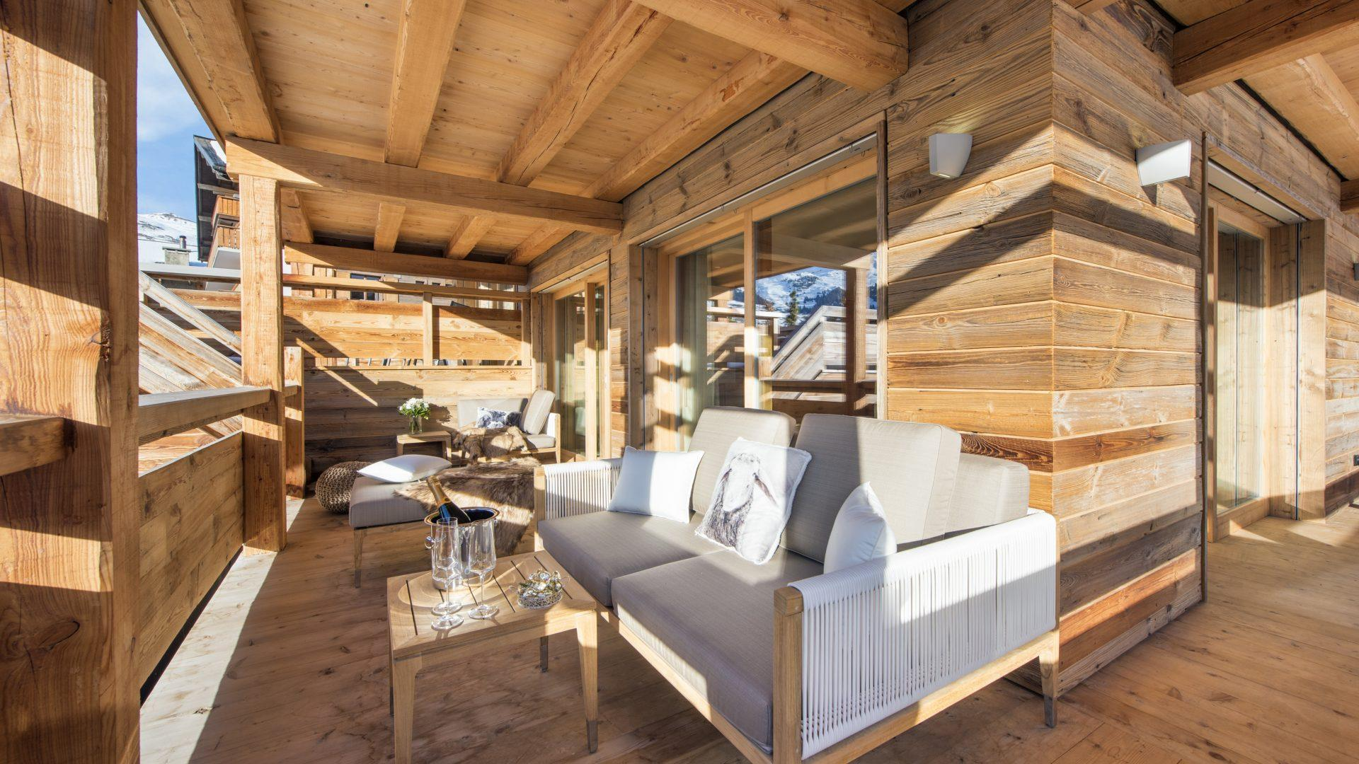 Chalet Agate