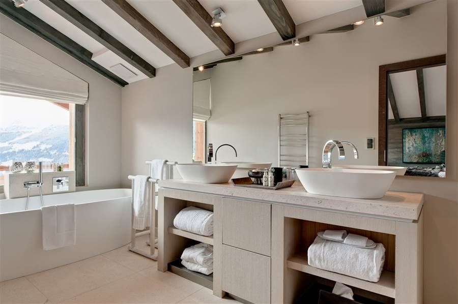 No 14 Verbier - Bathroom