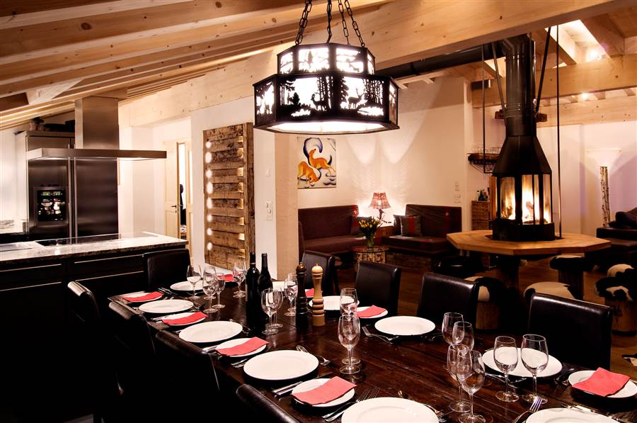 Zermatt Lodge - Dining Area
