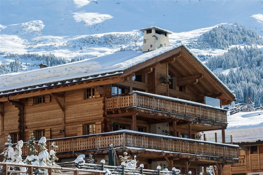 Treize Etoiles - View of Chalet