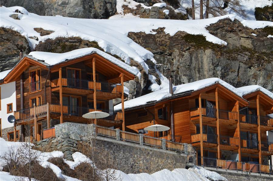 Castor - View of Chalet