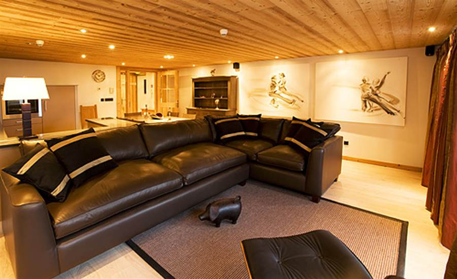Valdez Suite - Living Area