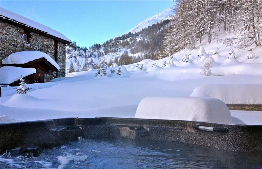 Sarire - Hot Tub