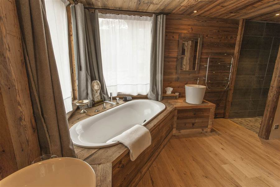 Arctic Lodge - Bathroom