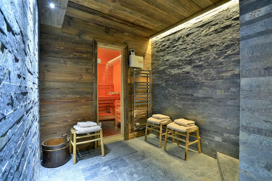 Carcajou - Sauna, Spa & Shower