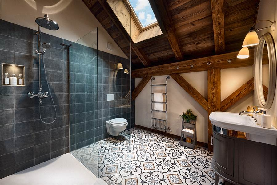 The Old Macaroni - Spa & Shower